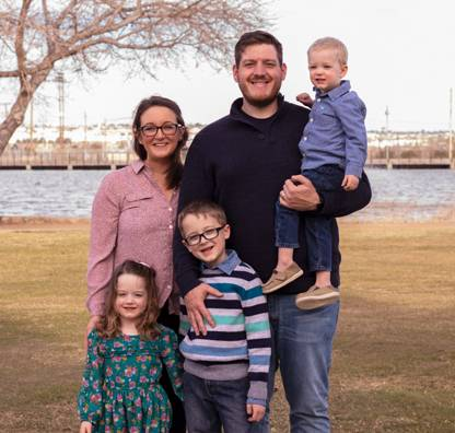 Justin & Julie Kirklin Family - Profile Picture